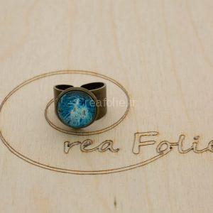 Baque couleur bronze et décoration bleue et blanc en résine