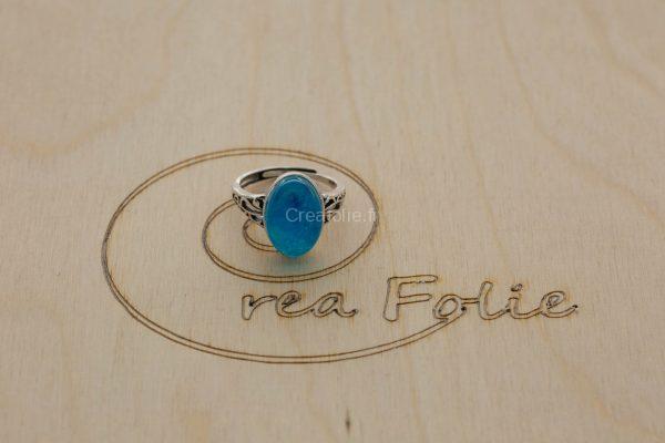 Bague en en argent massif et décoration bleue/blanc